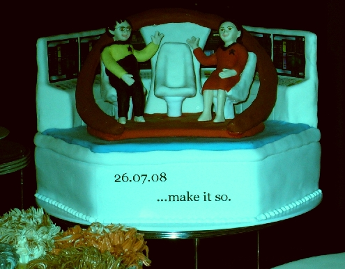 middle layer of star trek wedding cake 